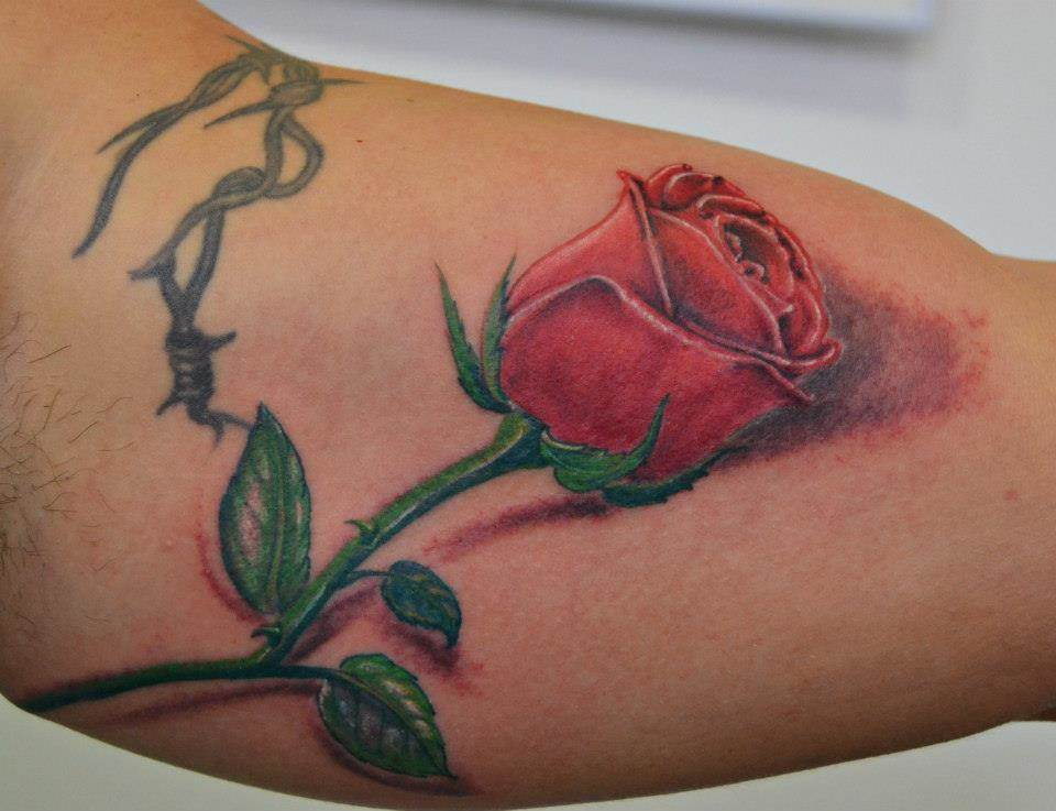 Tattoo Alicante - rosa espinas